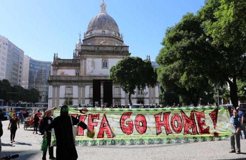 Brazilian_Protests_WC-VOA_03